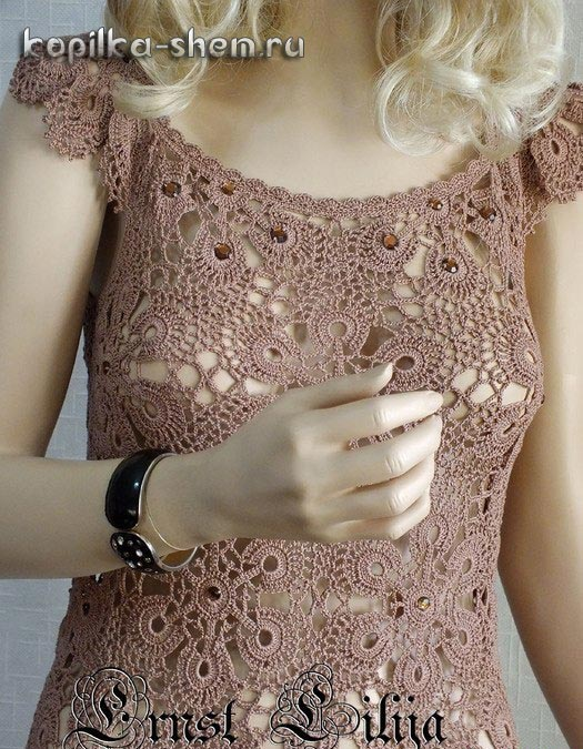 Шикарное платье мотивами крючком. Схемы