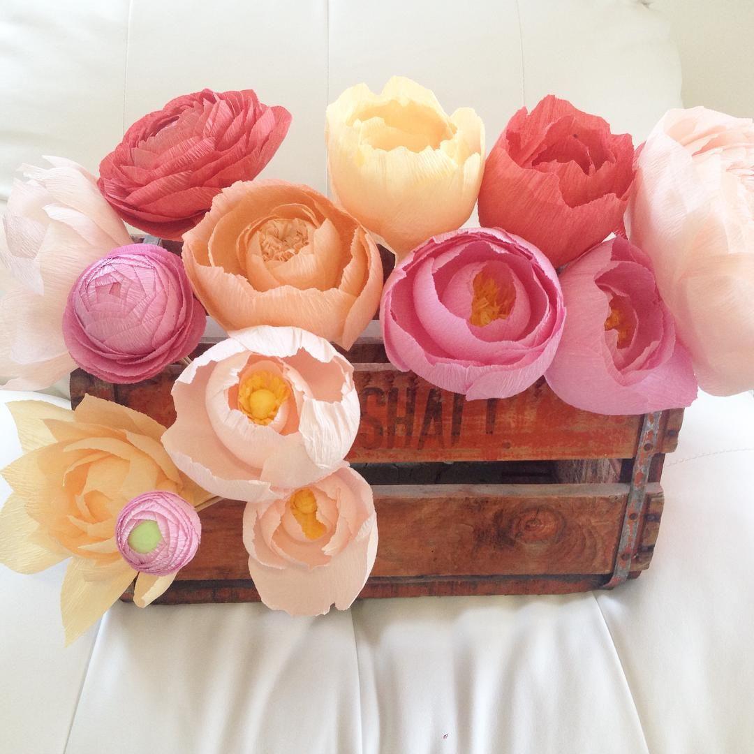 цветы +из гофрированной бумаги +для начинающих