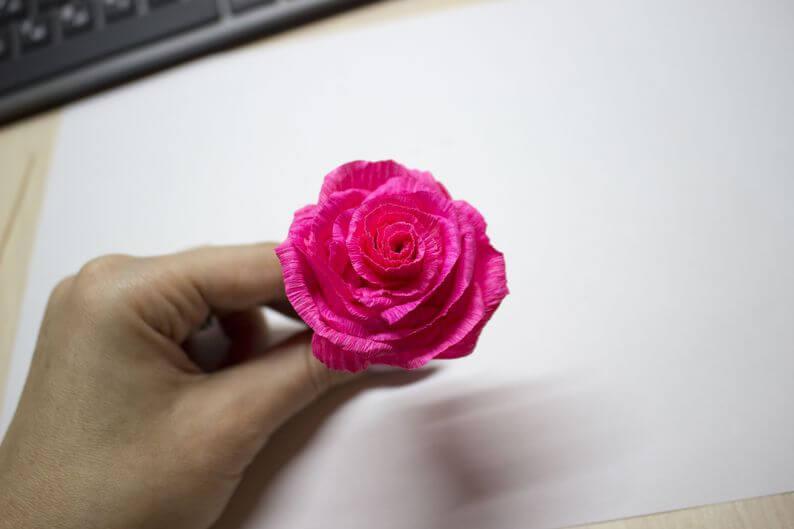 цветы +из гофрированной бумаги +своими руками