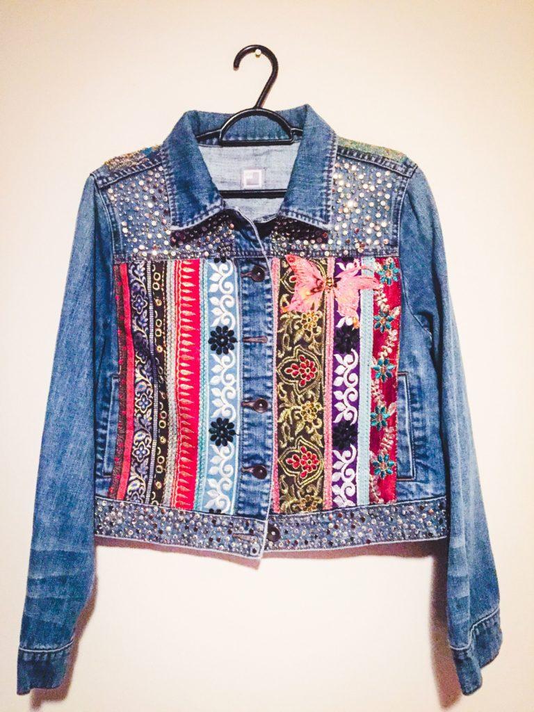джинсовые куртки декорированные