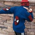 свитер мальчика года спицами
